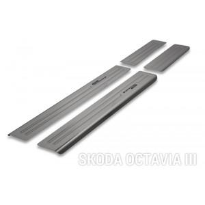 Protection des seuils de portes pour Skoda Octavia III